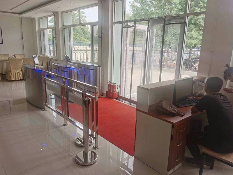 山西太原某国营企业食堂 (1)